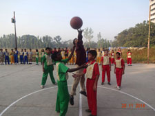 interhouse-basketball-match
